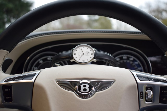 regnum-black-bentley-wheel